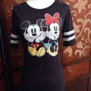 Disney Tops - Disney Mickey & Minnie Mouse Black Tee - Size S